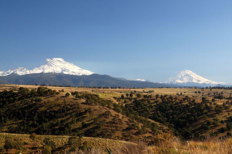 Popocatépetl and Iztaccíhuatl