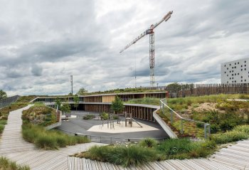 Aimé Césaire Primary School: A Garden Home (Source: urbannext.net/aime-cesaire-primary-school)